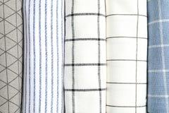 Κυλημένες επάνω πετσέτες υφάσματος ως υπόβαθρο στοκ εικόνες
