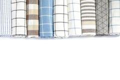 Κυλημένες επάνω πετσέτες υφάσματος που απομονώνονται στοκ φωτογραφία με δικαίωμα ελεύθερης χρήσης