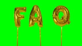 Λέξη faq από τις χρυσές επιστολές μπαλονιών ηλίου που επιπλέουν στην πράσινη οθόνη - απόθεμα βίντεο