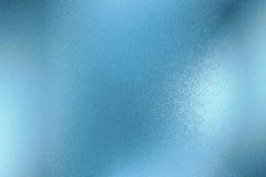 Λαμπρός τραχύς μπλε μεταλλικός τοίχος, αφηρημένο υπόβαθρο σύστασης ελεύθερη απεικόνιση δικαιώματος