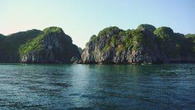 Μακροχρόνια άποψη ημέρας θάλασσας κόλπων του Βιετνάμ εκτάριο απόθεμα βίντεο
