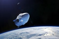 3 Μαρτίου 2019: Διαστημικό σκάφος δράκων πληρώματος SpaceX στην χαμηλός-γήινη τροχιά Στοιχεία αυτής της εικόνας που εφοδιάζεται α ελεύθερη απεικόνιση δικαιώματος