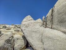 Μεγάλος σχηματισμός βράχου στη λίμνη της Isabella στοκ φωτογραφία
