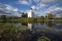 μεσολάβηση εκκλησιών nerl Ρωσία στοκ εικόνα με δικαίωμα ελεύθερης χρήσης