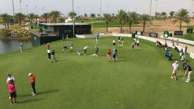 Μια πρακτική πράσινη σε ένα γήπεδο του γκολφ στοκ εικόνα με δικαίωμα ελεύθερης χρήσης