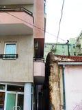 Μπαλκόνι με την άποψη στοκ φωτογραφία με δικαίωμα ελεύθερης χρήσης
