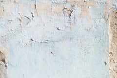 Μπλε σύσταση με τις γρατσουνιές και τις ρωγμές πρόσκληση συγχαρητηρίων καρτών ανασκόπησης μπλε λευκό προτύπων στοκ φωτογραφία με δικαίωμα ελεύθερης χρήσης
