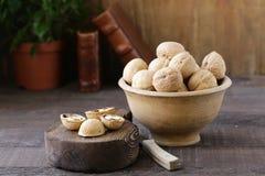Ξύλα καρυδιάς για μια υγιεινή διατροφή στοκ φωτογραφία με δικαίωμα ελεύθερης χρήσης