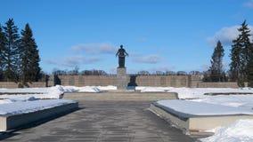 Ο δεύτερος παγκόσμιος πόλεμος Λένινγκραντ Νεκροταφείο Piskarevskoye απόθεμα βίντεο