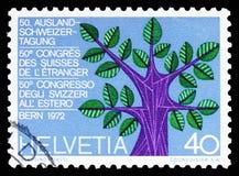 Δέντρο με 5 κλάδους (ήπειροι) & 22 φύλλα (καντόνια), Ελβετός serie στο εξωτερικό, circa 1972 στοκ φωτογραφία με δικαίωμα ελεύθερης χρήσης