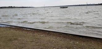 Δράση κυμάτων και Gusty άνεμοι στοκ φωτογραφία με δικαίωμα ελεύθερης χρήσης