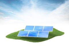 Île avec les panneaux solaires flottant dans le ciel Images libres de droits