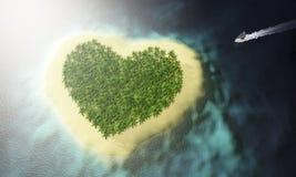 île d'amour avec le bateau de approche Photo libre de droits