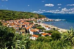 Île dalmatienne de village et de port de Susak Photos libres de droits