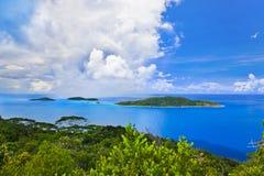 Île dans l'océan Image libre de droits