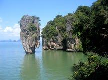 Île dans le compartiment de Phang Nga, Thaïlande Images libres de droits