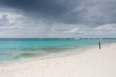 Île de Catalina - Playa de la isla Catalina - mer tropicale des Caraïbes Photos stock