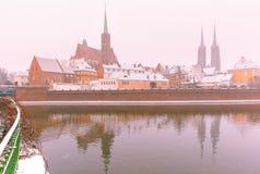 Île de cathédrale dans le jour d'hiver, Wroclaw, Pologne photographie stock libre de droits