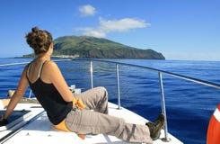 Île de Corvo avec la fille française jpg Image stock