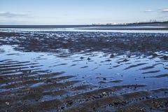 Île de Cramond, Edimbourg, Ecosse - la plage à marée basse photographie stock