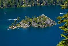 Île de Fanette dans Lake Tahoe photographie stock libre de droits