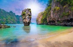 Île de James Bond en Thaïlande Photographie stock libre de droits
