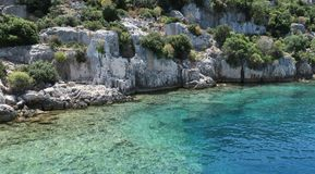 Île de Kekova et les ruines de la ville submergée Simena dans la province d'Antalya, Turquie Image stock