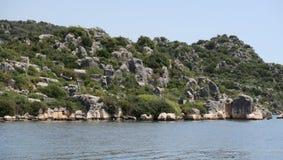 Île de Kekova et les ruines de la ville submergée Simena dans la province d'Antalya, Turquie Photo stock