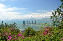 Île de la Chine Hainan, ville de Sanya, vue aérienne sur l'île synthétique sous la forme Photos stock