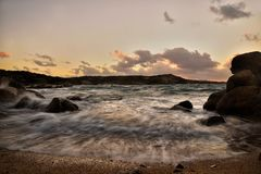 Île de Maddalena de mer photos stock