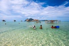 Île de Maiga en Tun Sakaran Marine Park Photo stock