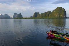Île de Panyee en province de Phang Nga, Thaïlande Photographie stock libre de droits