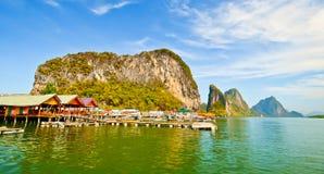 Île de Panyi aux sud de la Thaïlande Photo stock