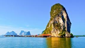 Île de Panyi aux sud de la Thaïlande Image stock