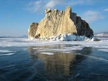 Île de Sharga-Dagan sur le lac Baïkal photographie stock libre de droits