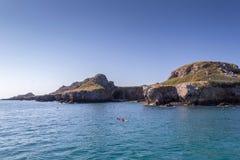 Île et la mer Images libres de droits