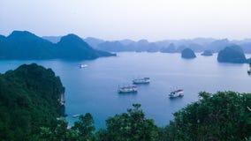 Île et mer Images libres de droits