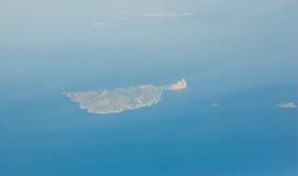 Île grecque Anafi, vue aérienne image stock