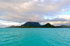 Île idyllique de paradis de Bora-Bora image libre de droits
