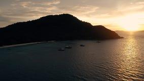 Île KO-HE en Thaïlande, tirant d'un quadrocopter Image libre de droits