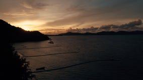 Île KO-HE en Thaïlande, tirant d'un quadrocopter Photos stock