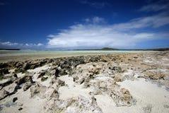 Île rocheuse dans le compartiment de Sakalava, Madagascar photos libres de droits