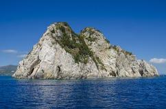 Île rocheuse sans des personnes, Zakynthos images libres de droits