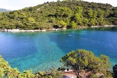 Île sur le grand lac en parc national de Mljet Images stock