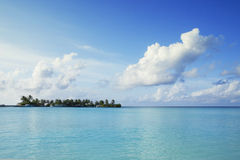 Île tropicale dans l'Océan Indien Image stock