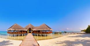 Île tropicale des Maldives Photos stock