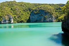 Île verte d'ANG-Lanière de côté de regroupement, Thaïlande Photos stock