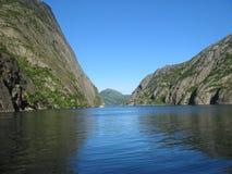 Îles de la Norvège - du Lofoten - fjord Photographie stock libre de droits