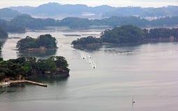 Îles spectaculaires d'Oku-Matsushima vues d'une colline. Image libre de droits