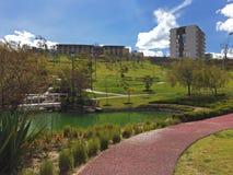 Όμορφα πάρκο και τοπίο για τους περιπάτους στοκ εικόνα με δικαίωμα ελεύθερης χρήσης